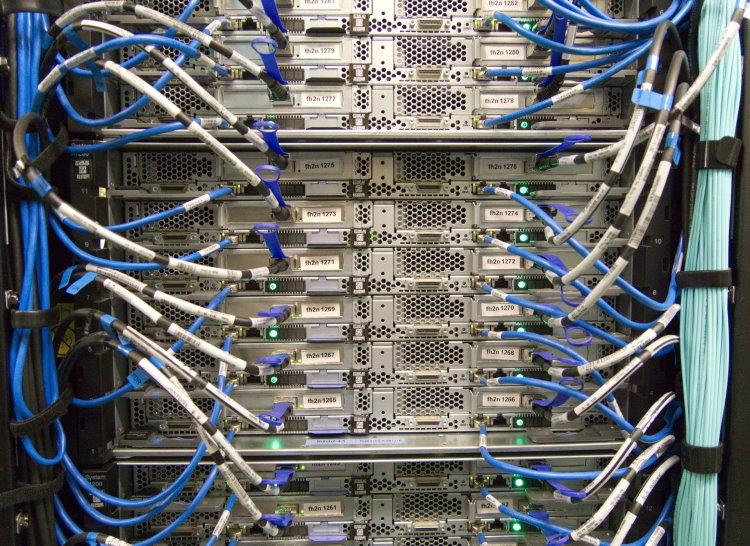 Servicios informáticos para empresa de mantenimiento y soporte